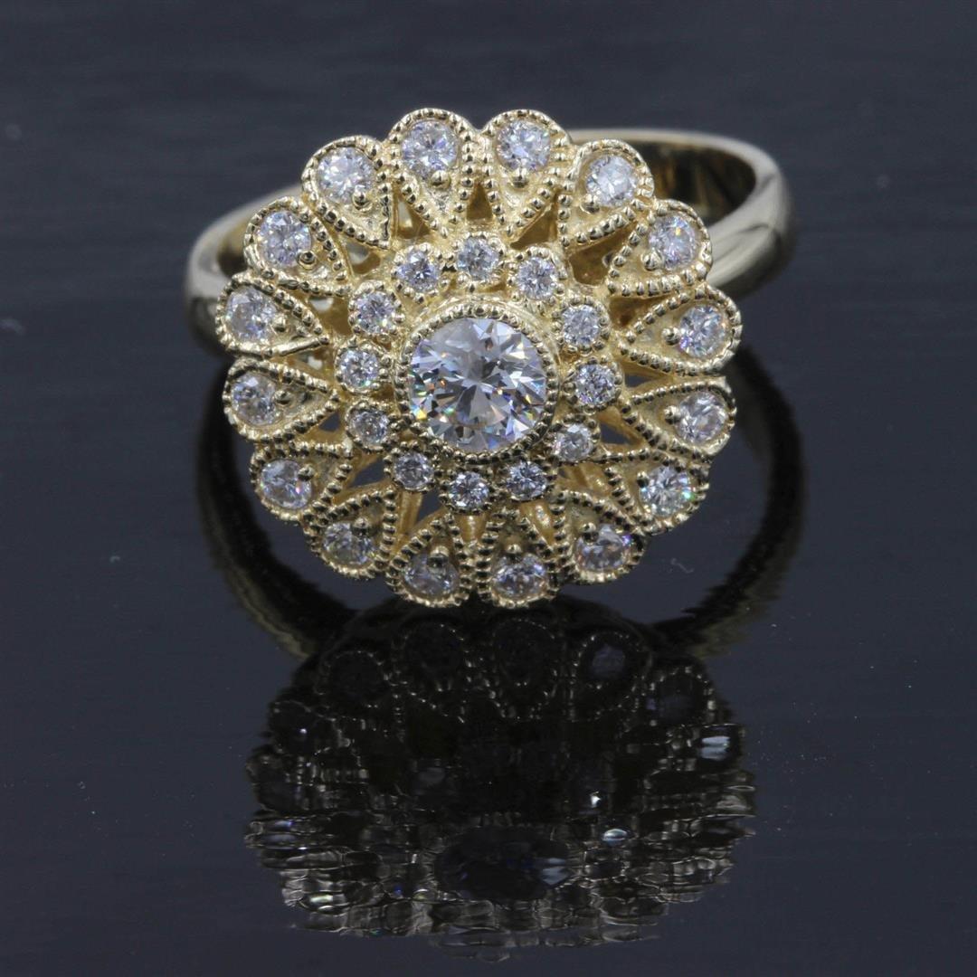 0.73 ctw Diamond Ring - 14KT Yellow Gold