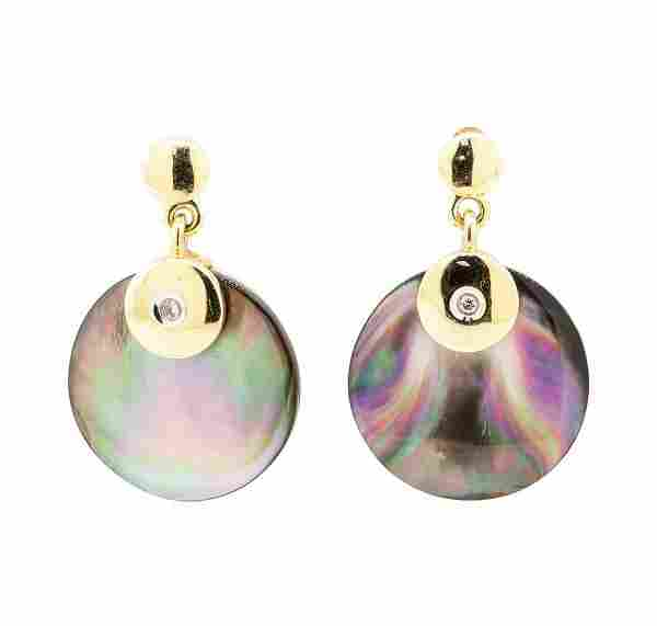 0.03 ctw Black Mother of Pearl and Diamond Circle