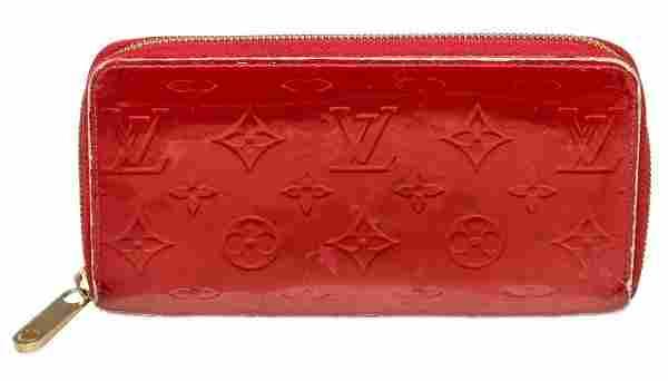 Louis Vuitton Red Vernis Monogram Zippy Wallet