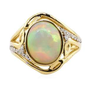3.12 ctw Opal and Diamond Ring - 14KT Yellow Gold