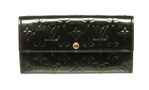 Louis Vuitton Black Vernis Leather Sarah Wallet