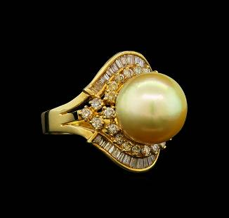 14KT Yellow Gold Pearl and Diamond Ring
