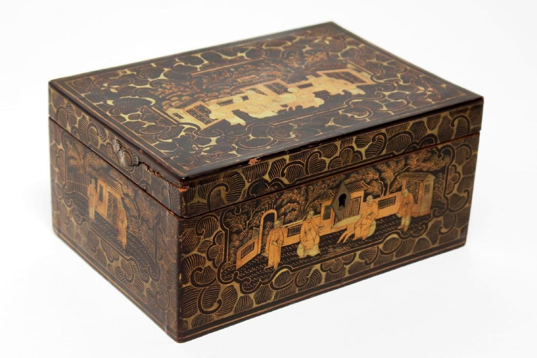 Chinese Lacquered Trinket Box, Black & Gold