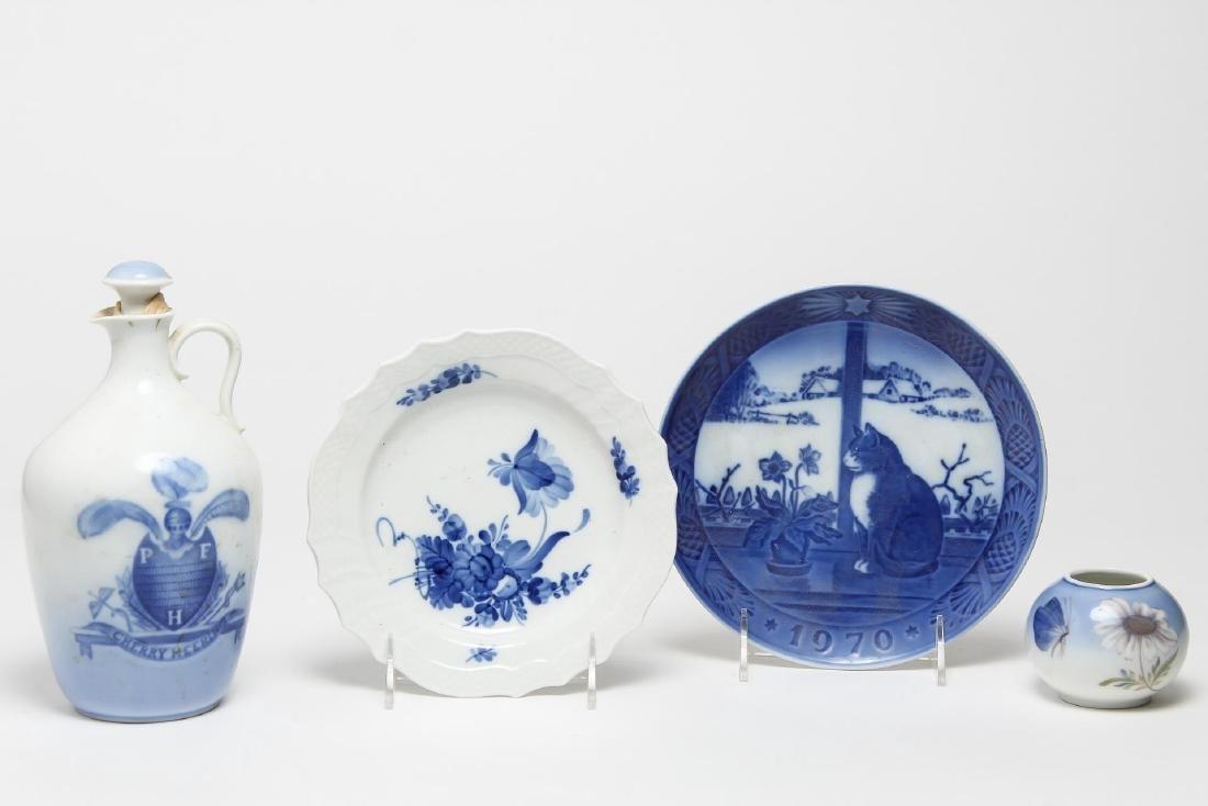 Danish Blue & White Porcelain, 4 Pieces