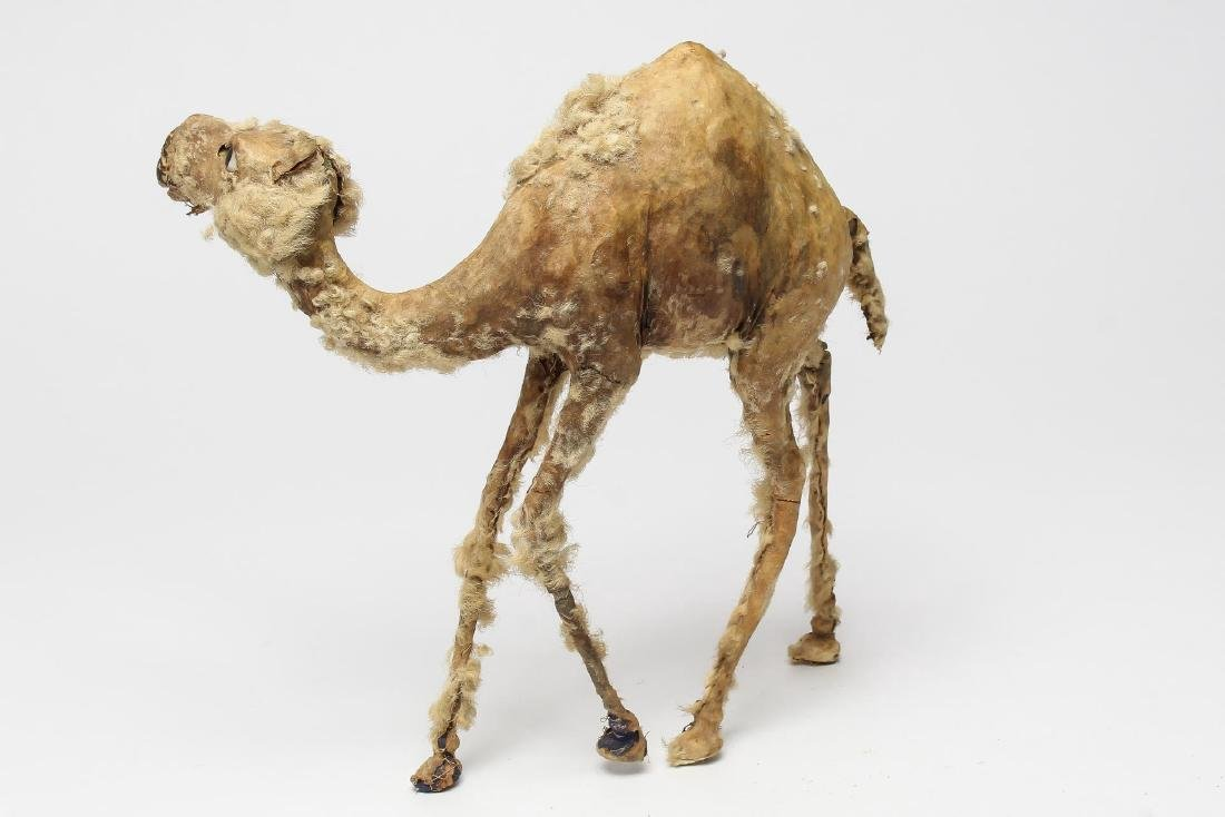 Camel Figurine or Vintage Toy, Children's - 2