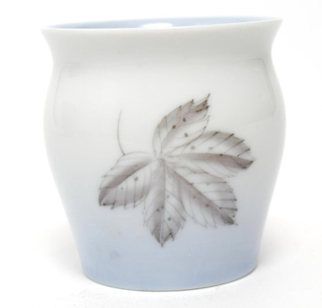 Danish Mid-Century Porcelain, inc Royal Copenhagen - 5