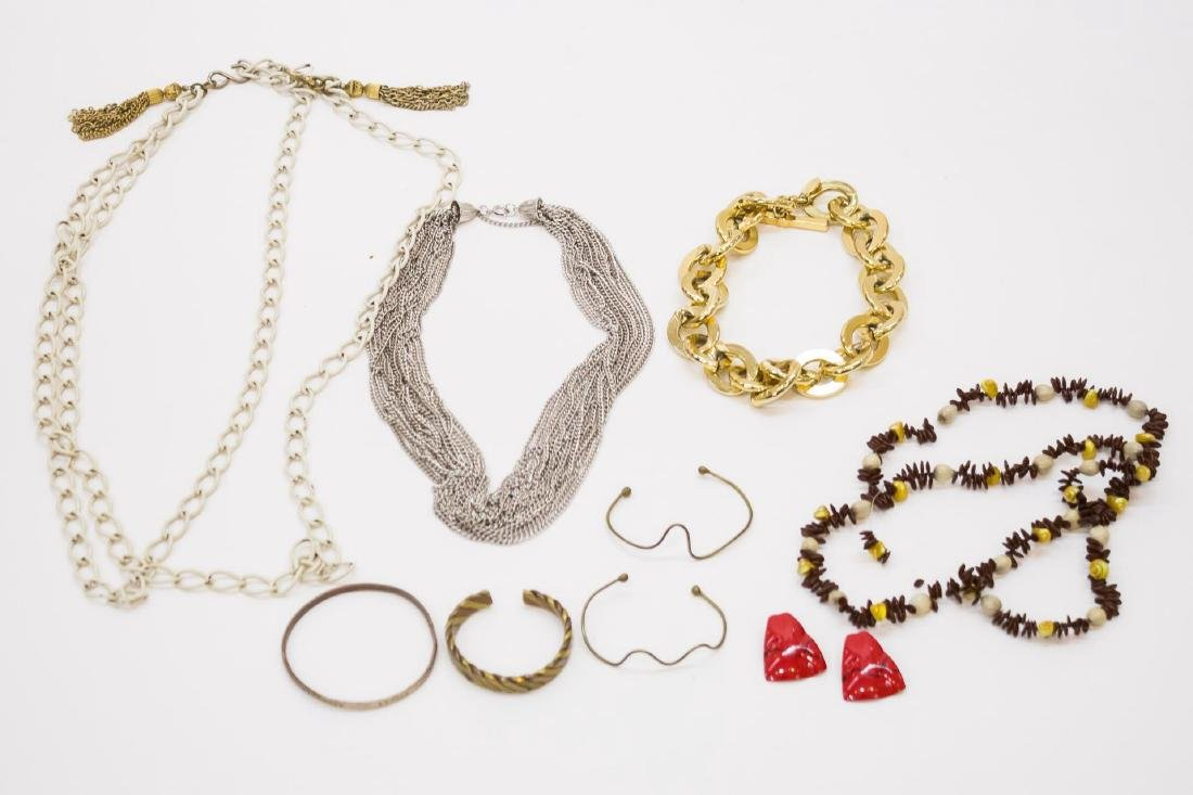Woman's Costume Jewelry, Miscellaneous Assortment