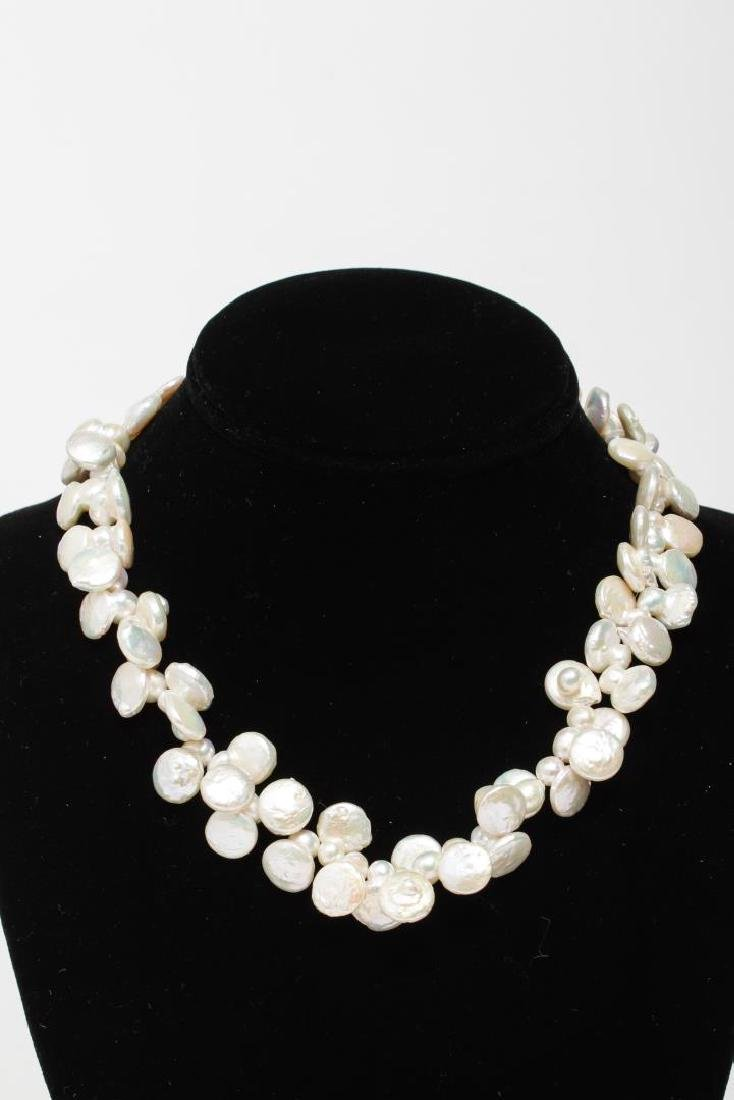 Pearl Necklaces, Group of 4 Woman's - 3