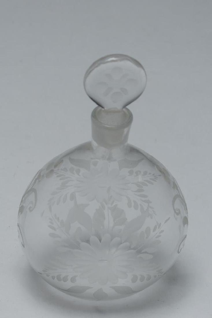 Antique Murano Glass Perfume Flask, Hand-Engraved - 3