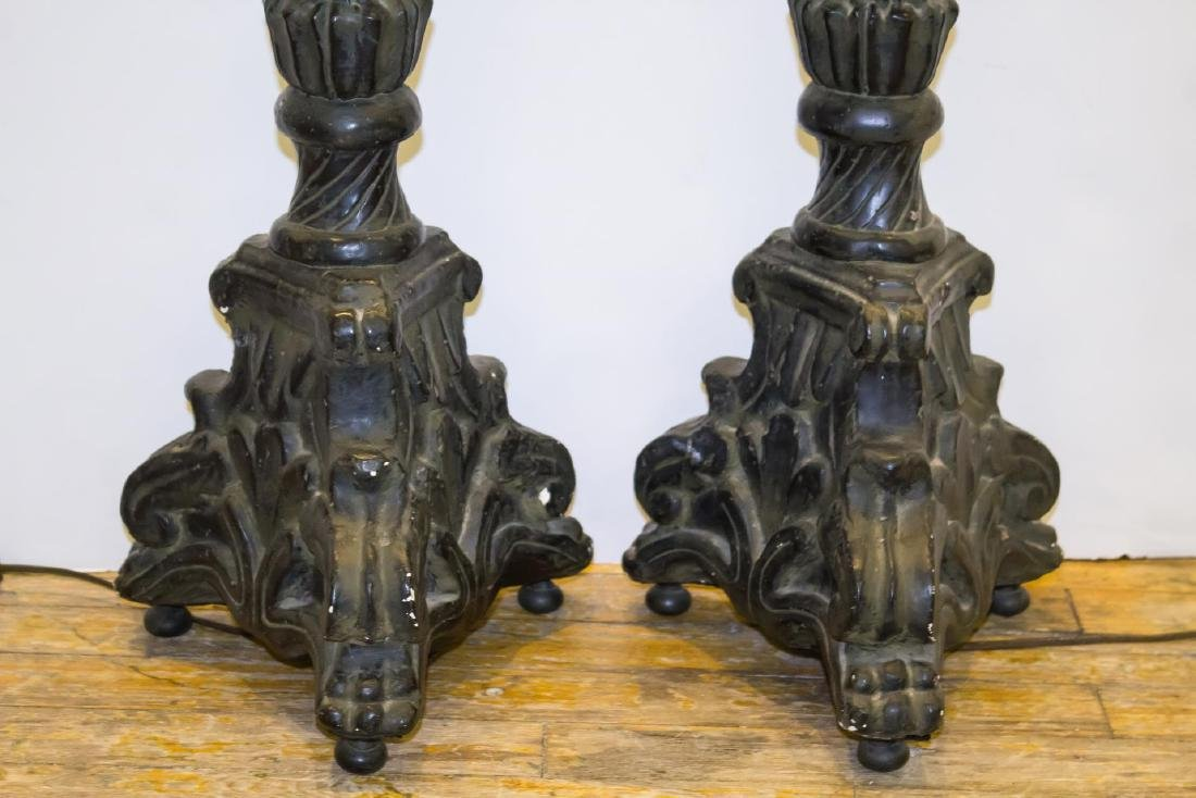 Rococo-Manner Lamps, Pair in Vintage Painted Metal - 4