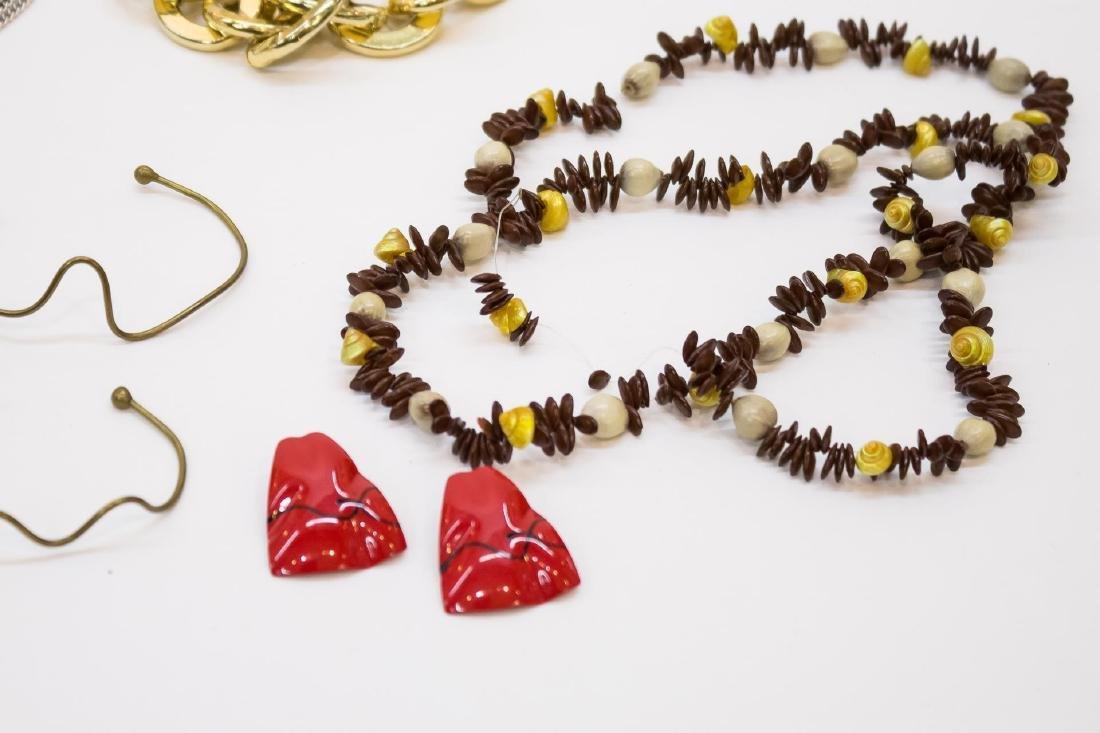 Woman's Costume Jewelry, Miscellaneous Assortment - 5