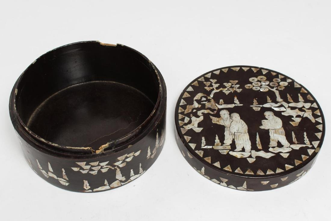Chinese Lacquer & Mother-of-Pearl Inlaid Cake Box - 3
