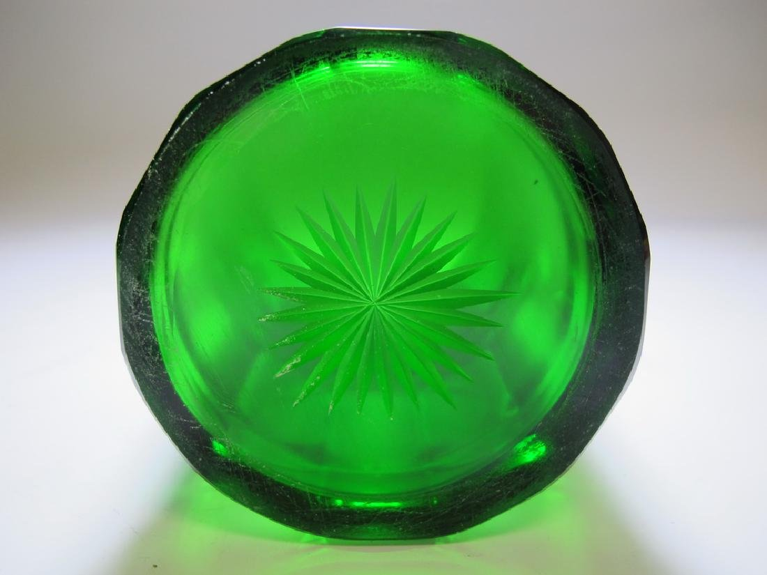 Antique Masonic emerald green glass vase - 8