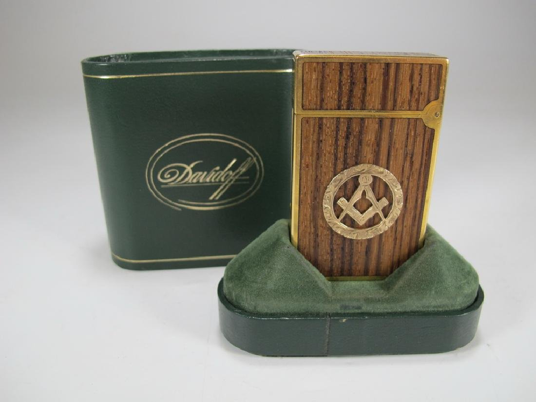 S.T Dupont Davidoff Masonic wood grain lighter
