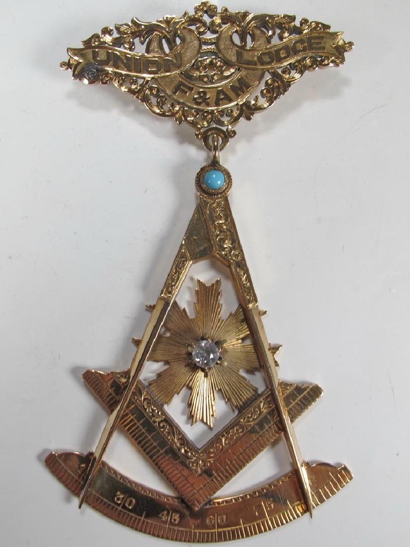 Antique Masonic 14 k / 11 k gold Past Master jewel