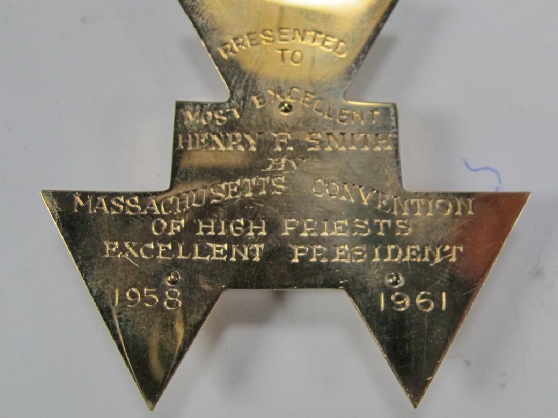 Masonic 9 k gold Past High Priest breast jewel - 5