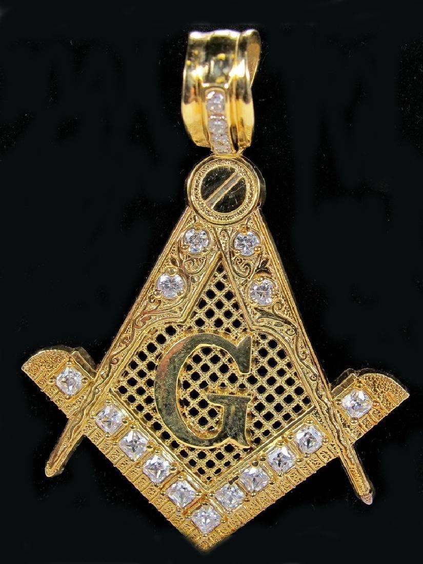 Vintage 10K gold stamped gold Freemasonry pendant