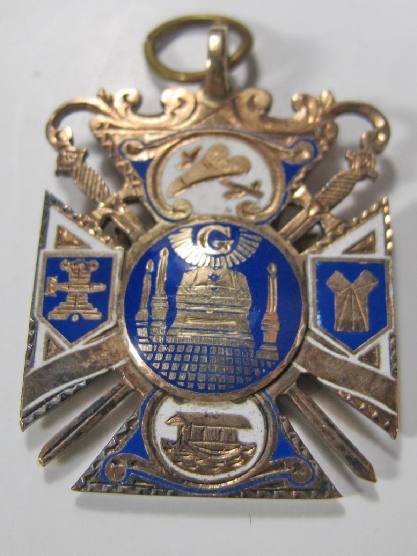 Antique Masonic 8k gold Royal Arch jewel - 4
