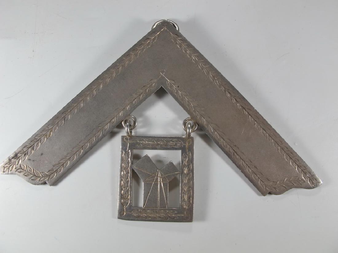 G. Kenning & Son Masonic silver plate Past Master jewel