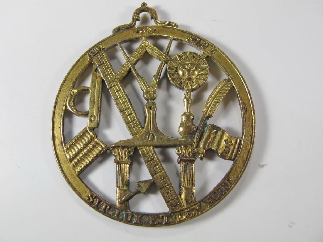 Antique Masonic gold filled Worshipful Master jewel - 4