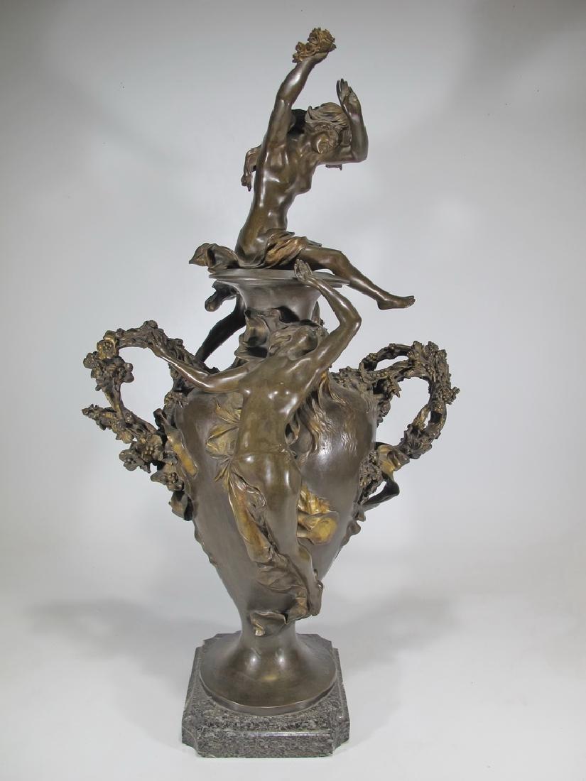 Félix CHARPENTIER (1858-1924) bronze vase