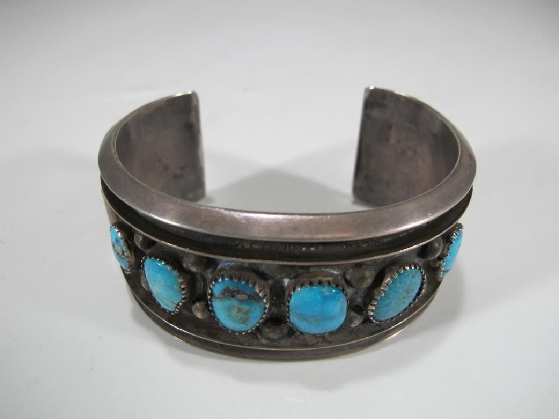 Vintage sterling & turquoise Navajo made bracelet