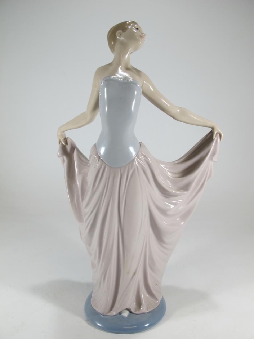 Lladro Figurine of a Young Female Dancer Ballerina