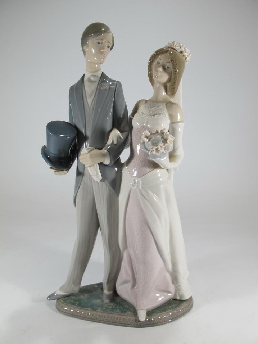 Lladro couple wedding porcelain statue