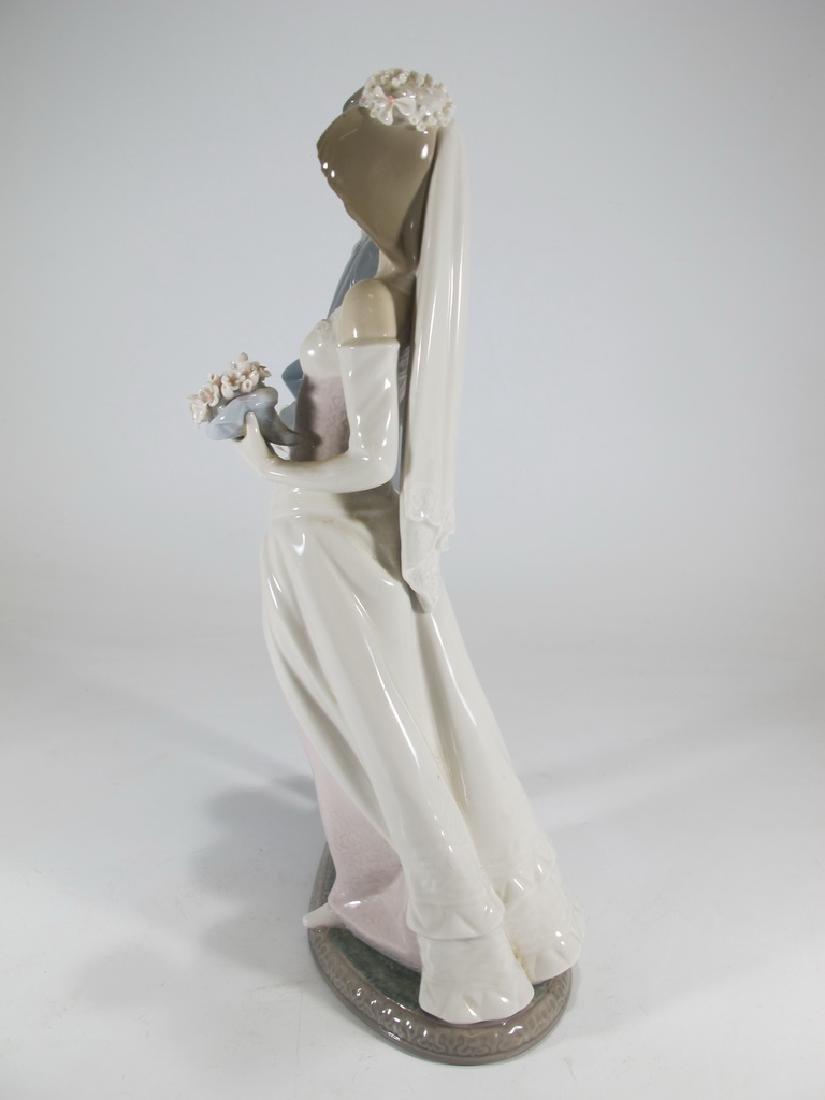 Lladro couple wedding porcelain statue - 4