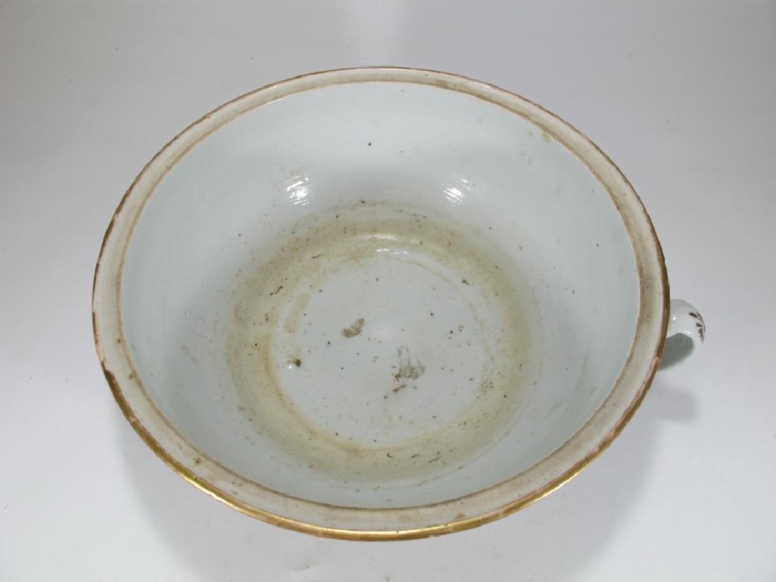Antique Chinese Rose Medallon porcelain chamber pot - 2