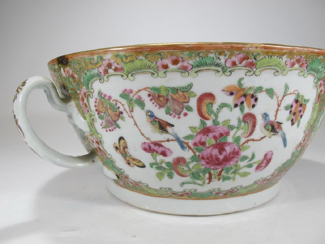 Antique Chinese Rose Medallon porcelain chamber pot - 6