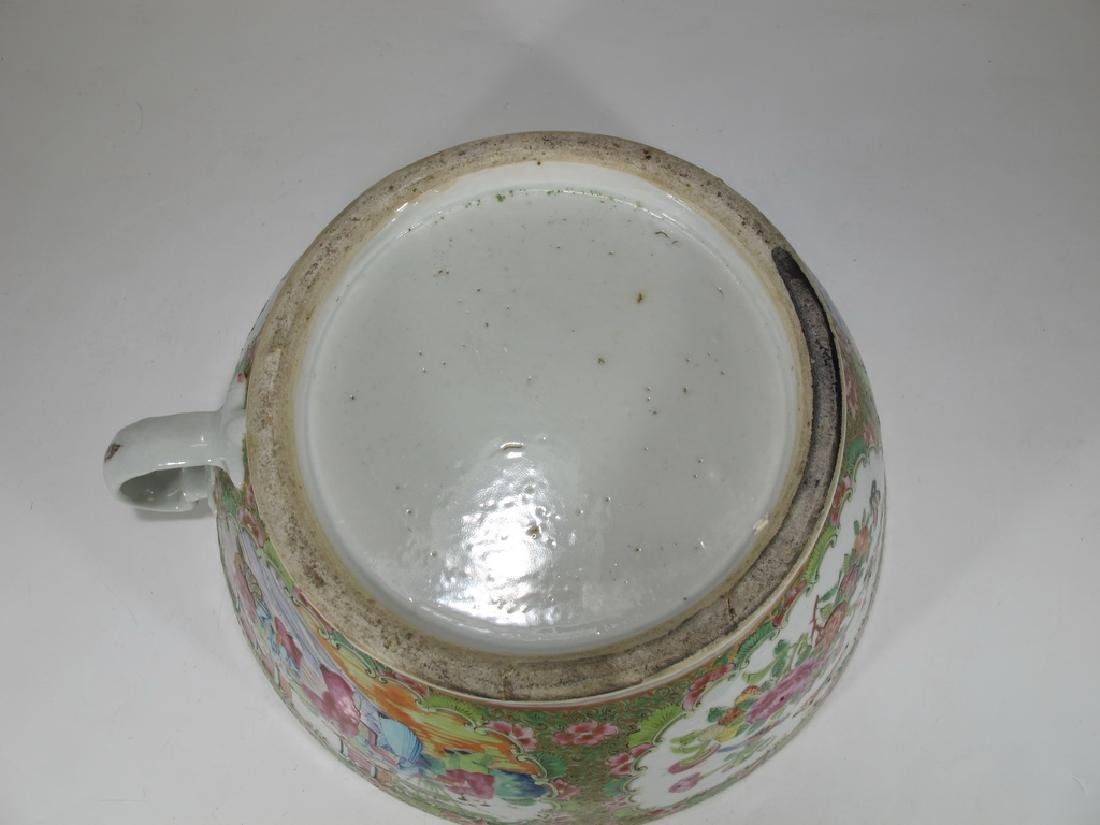 Antique Chinese Rose Medallon porcelain chamber pot - 8