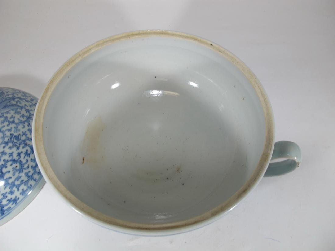 Antique Chinese porcelain lided chamber pot - 3