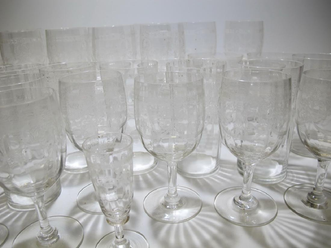 Vintage French set of 46 glasses - 4