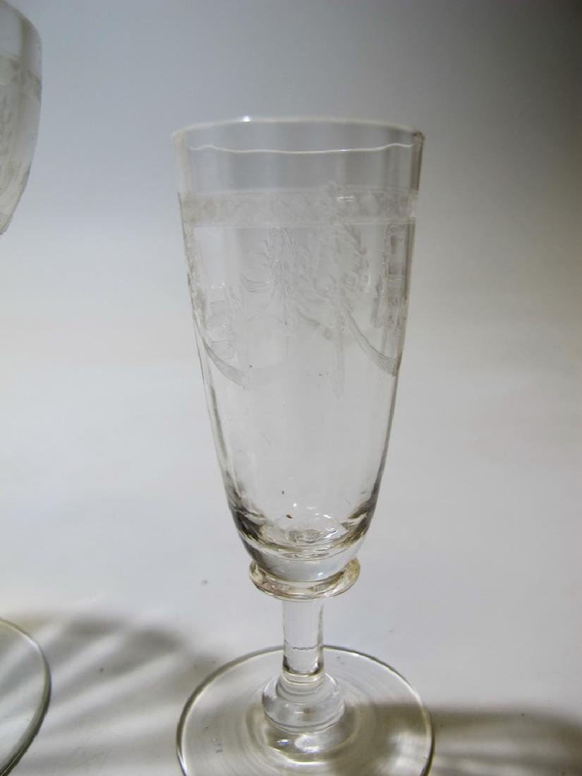 Vintage French set of 46 glasses - 9