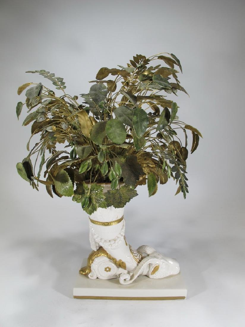 Mottahedeh design Italian porcelain vase