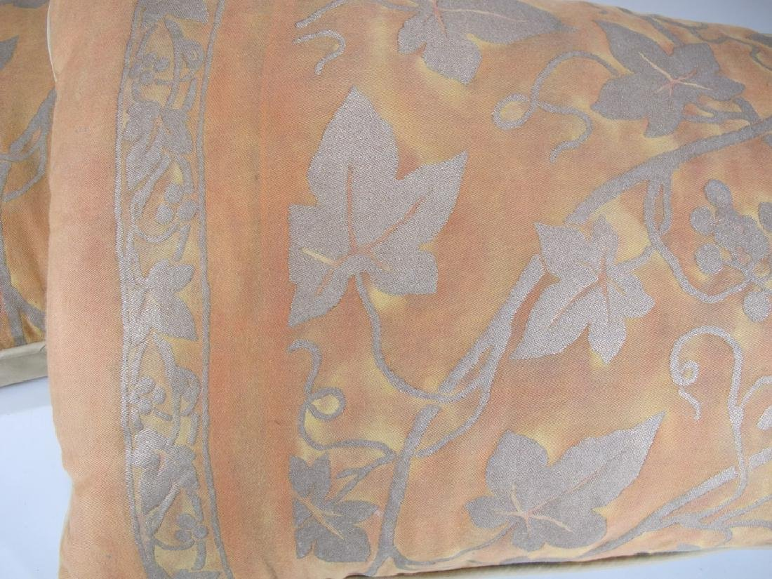 Pair of Fortuny pillows - 2