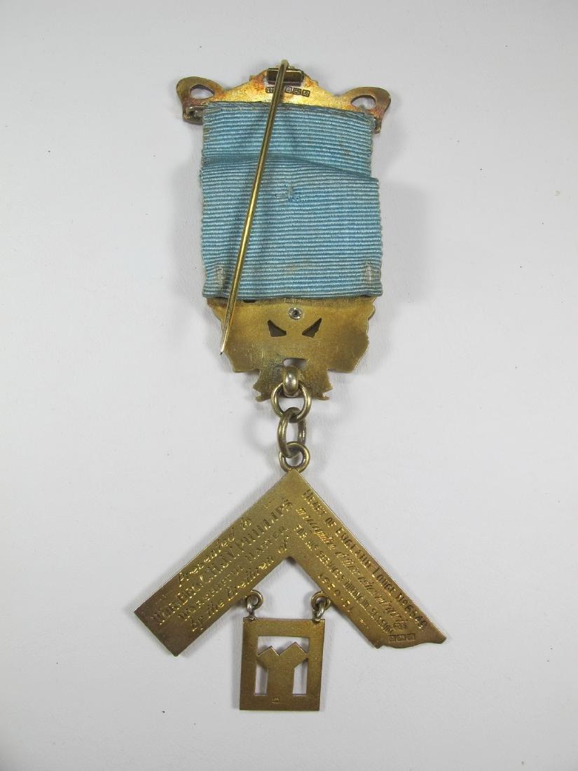 Gold on silver Past Master Masonic breast pin jewel - 4
