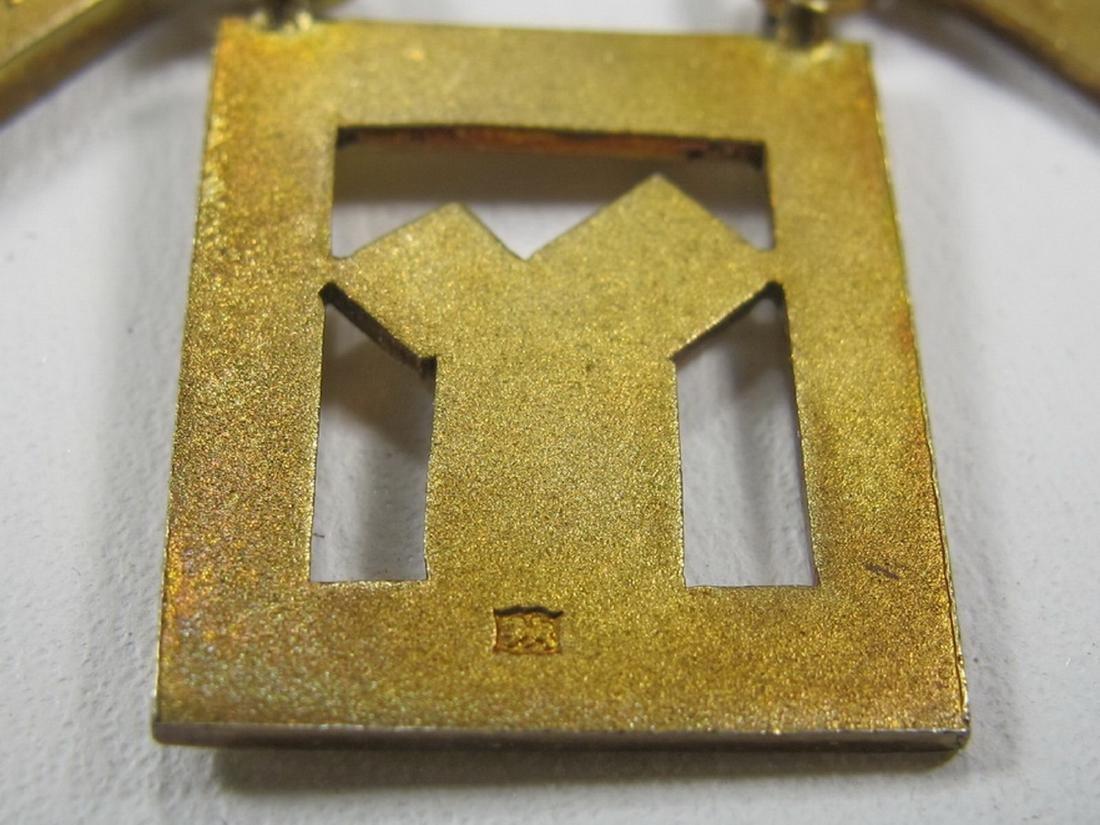 Gold on silver Past Master Masonic breast pin jewel - 6