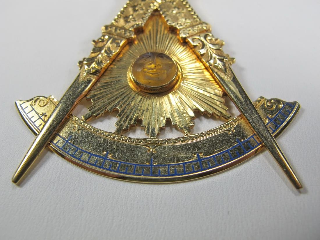 Masonic 14K gold Past Master jewel - 3