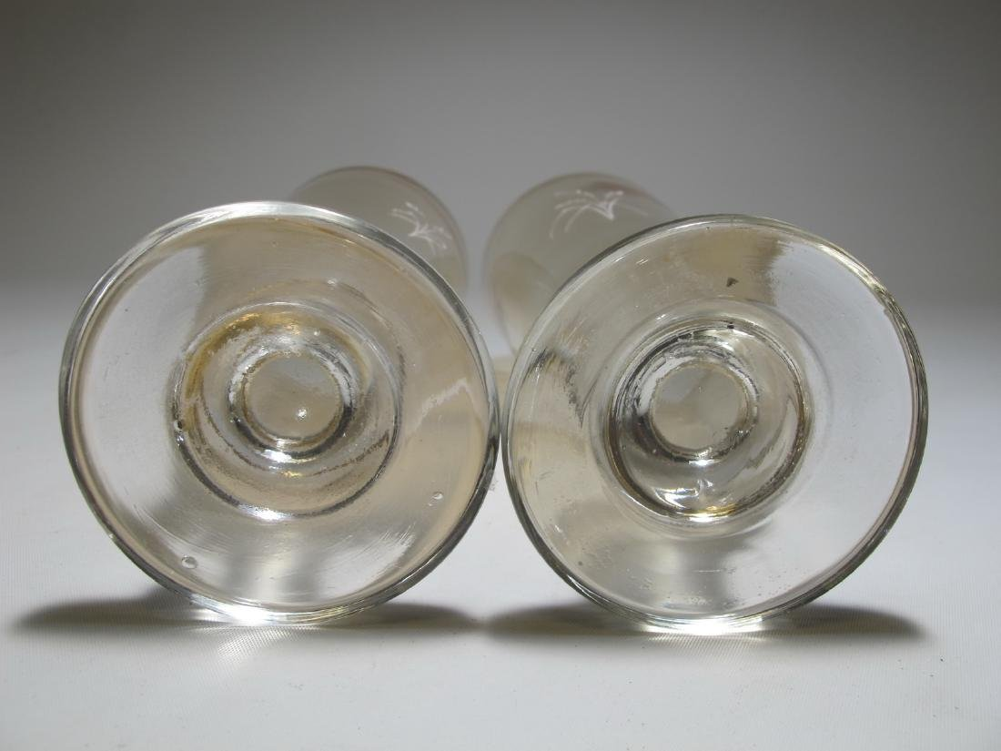 Antique pair of English Mary Gregory glasses - 10