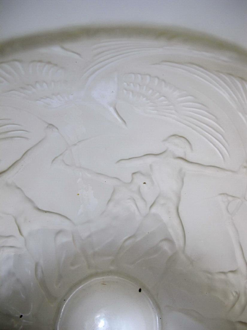 Signed R. Lalique Archers glass vase - 4