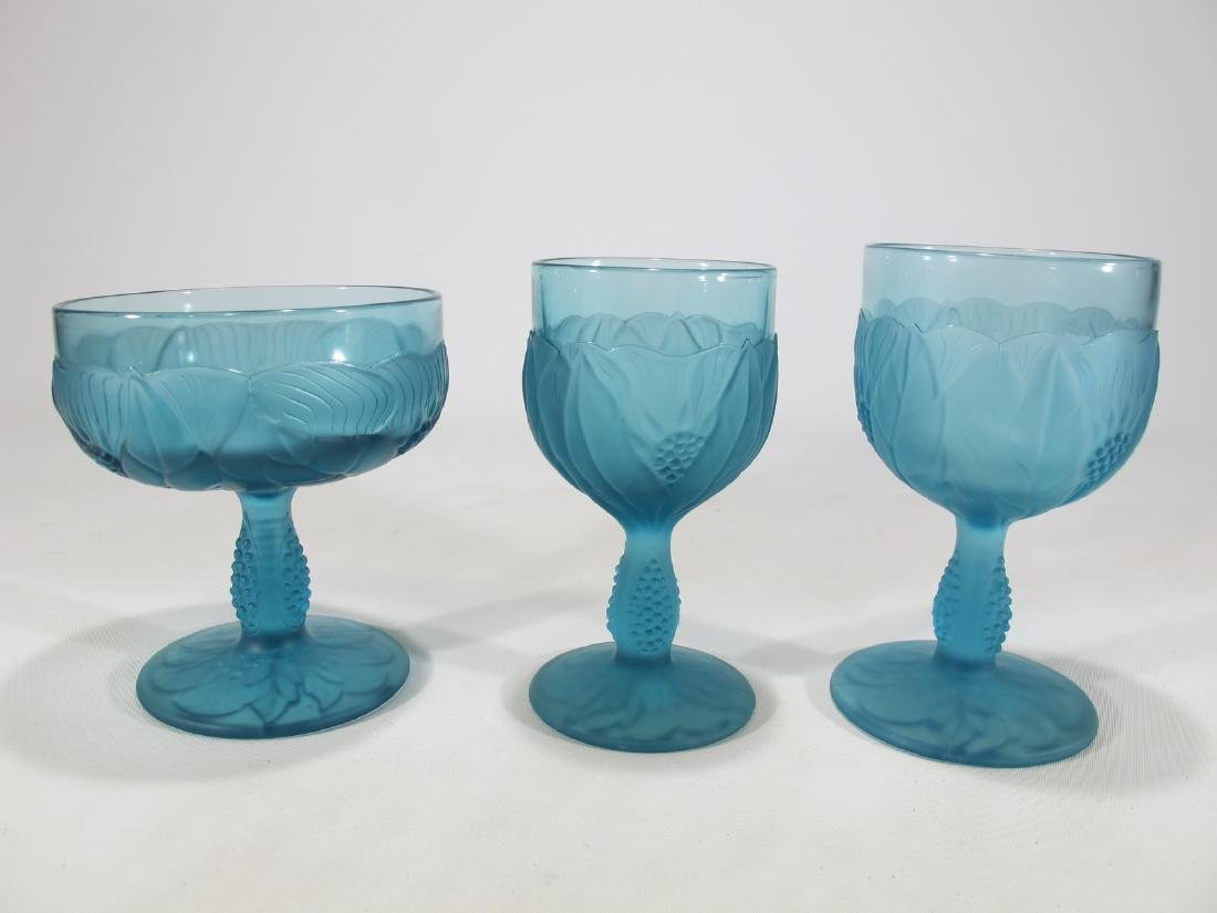 Set of 68 leaves decorations blue glasses - 5
