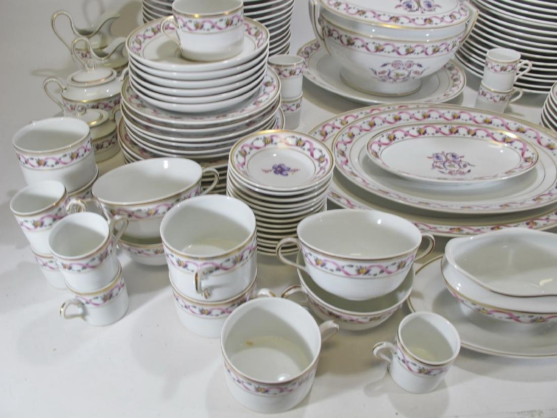 Richard GINORI dinning set of 152 porcelain pcs - 7