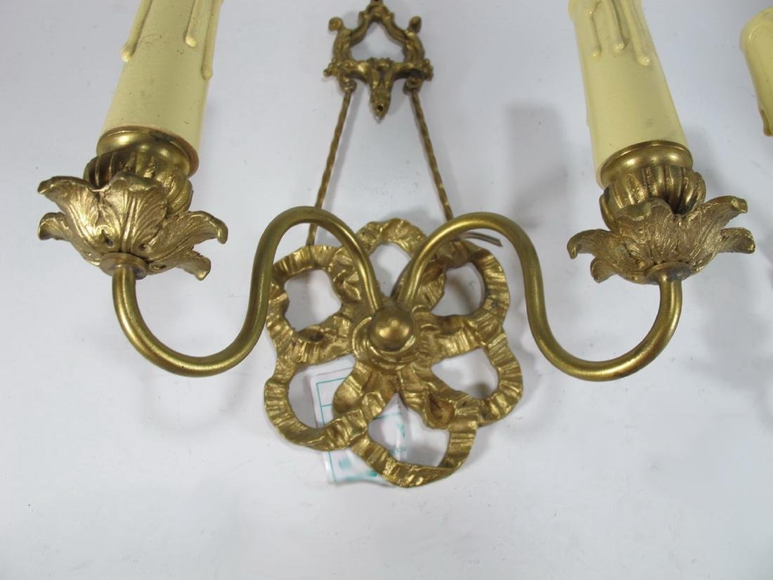 French pair of bronze wall sconces - 3