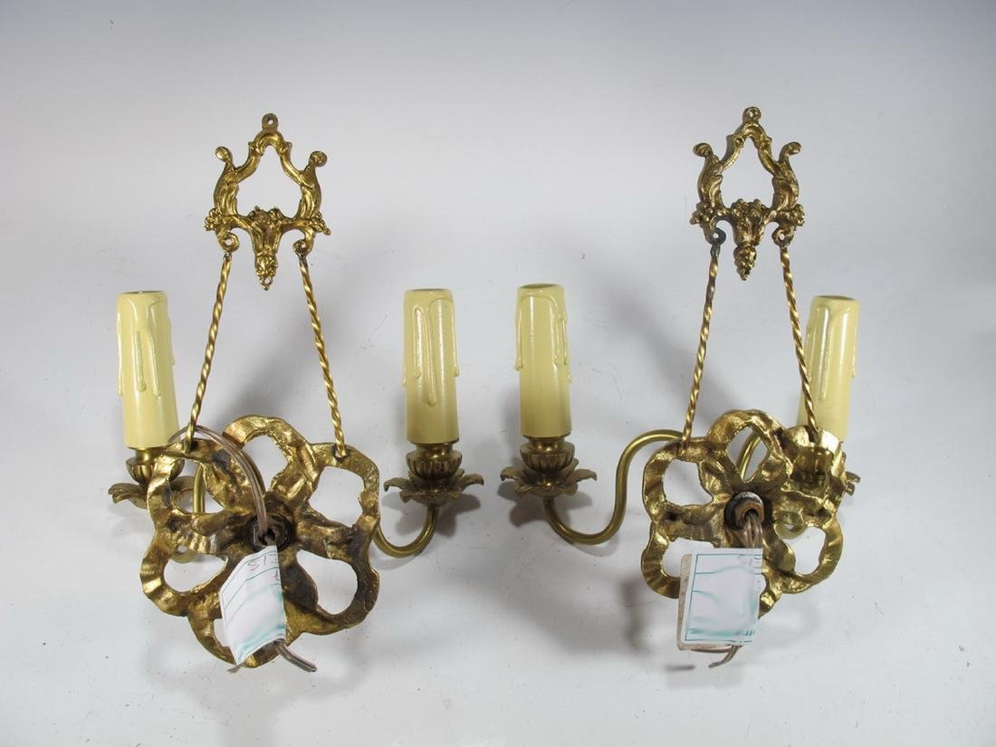 French pair of bronze wall sconces - 5