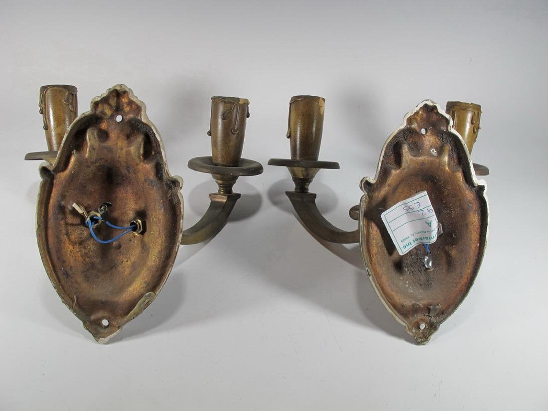 Vintage pair of French bronze wall sconces - 6