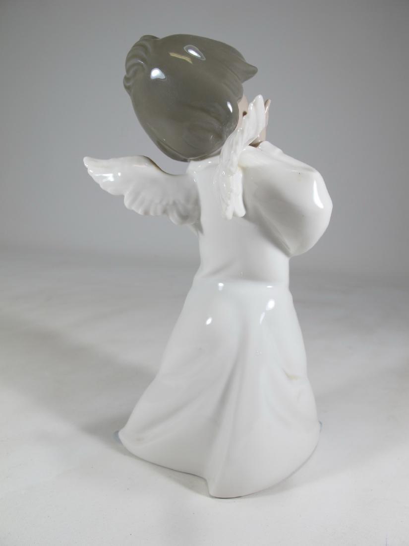 Lladro Mime Angel figurine - 3