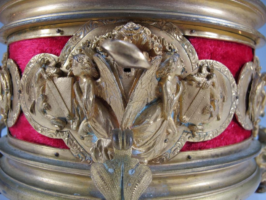 Antique French gilt bronze jewelry box - 5