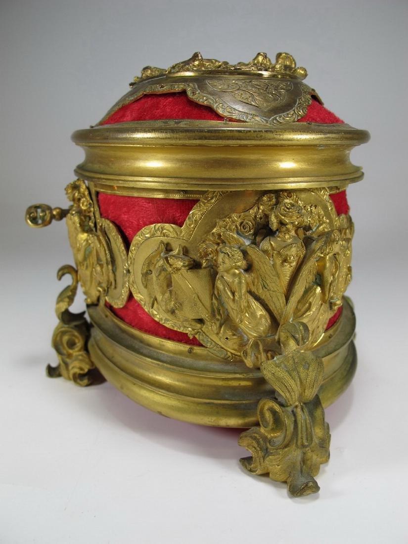 Antique French gilt bronze jewelry box - 6